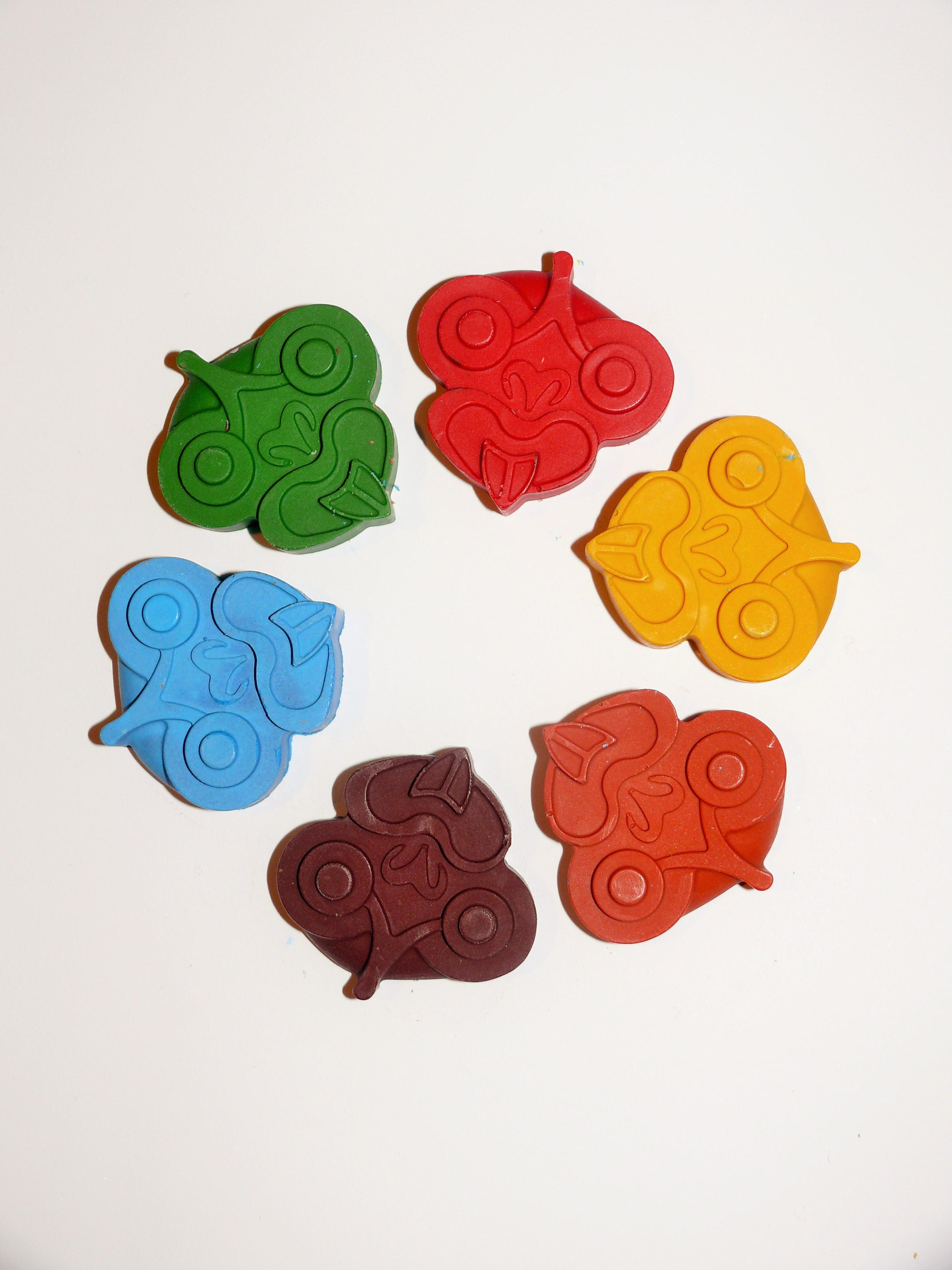 6 Pack Of Tiki Crayons
